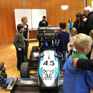 Kinderuni im April 2017 mit den Motorsportlern